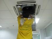Thợ lắp đặt, sửa máy lạnh tại TPHCM